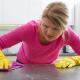 Na hora de escolher o material para pisos e revestimentos, é preciso levar em conta a resistência a diversos fatores, como clima, produtos químicos, e até vandalismos e pichações