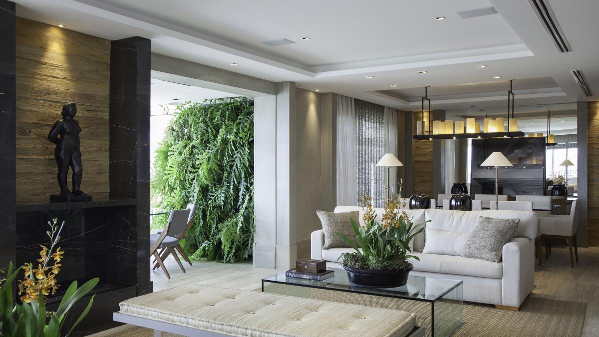 Andrea Teixeira e Fernanda Negrelli apostam em materiais nobres e contemporâneos na ambientação de living moderno e sofisticado.